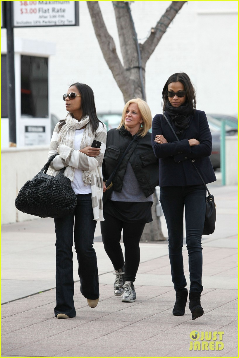 zoe saldana movies bradly coopers mom 252630947