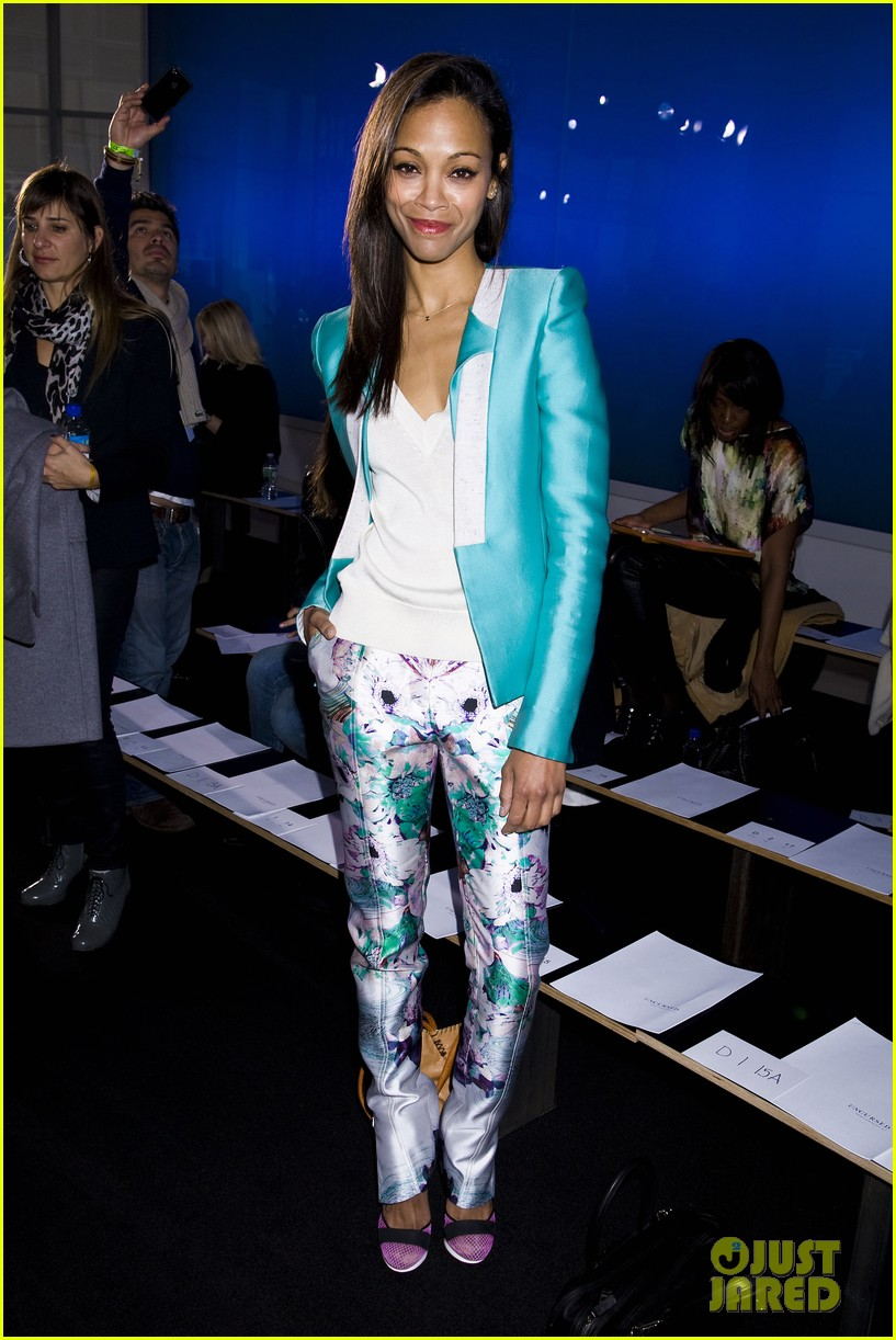 zoe saldana fashion week saturday 112627584