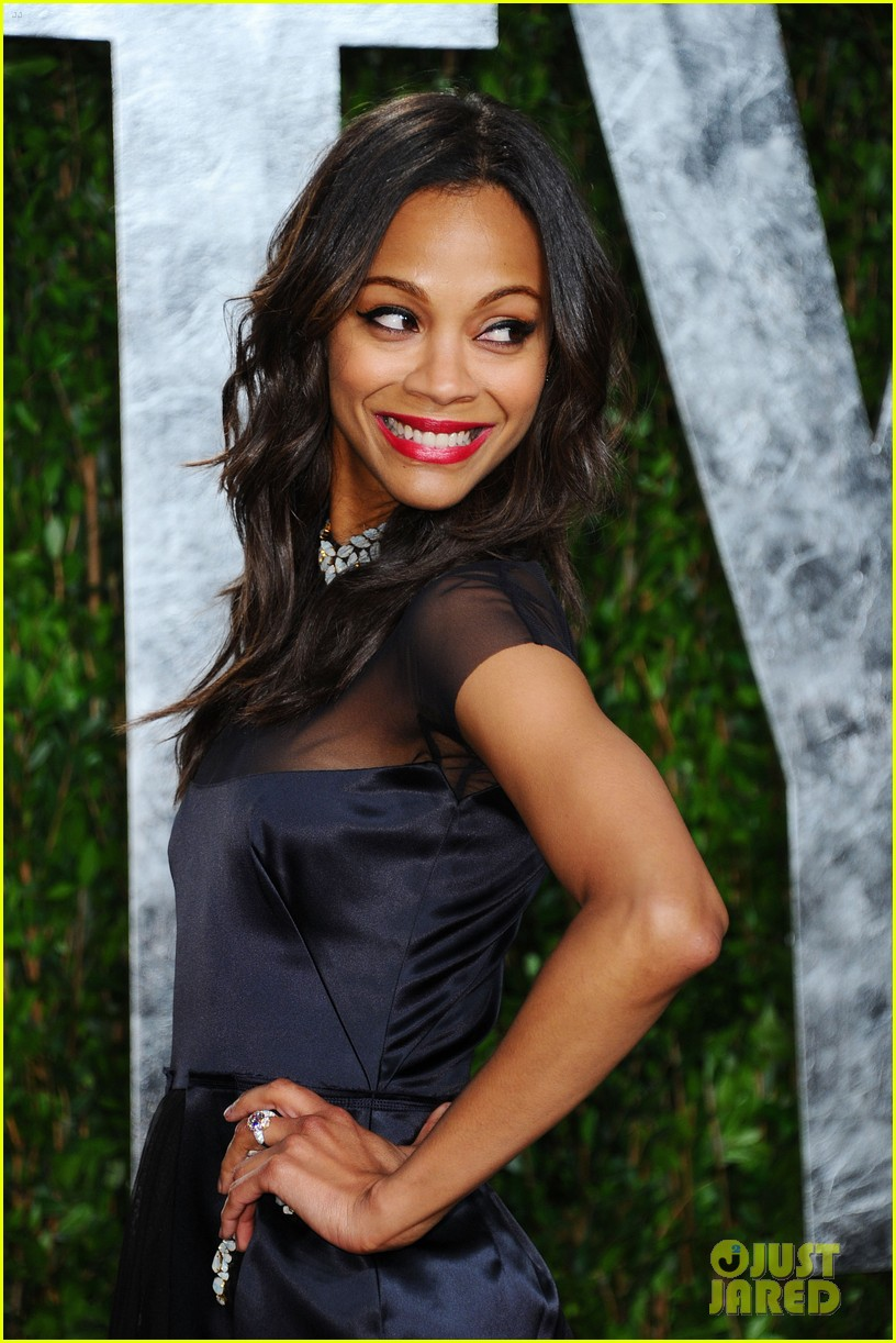 zoe saldana bradley cooper vanity fair party 17