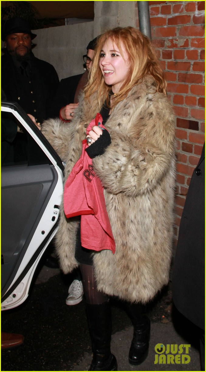 amanda seyfried peter sarsgaard lovelace wrap party 11