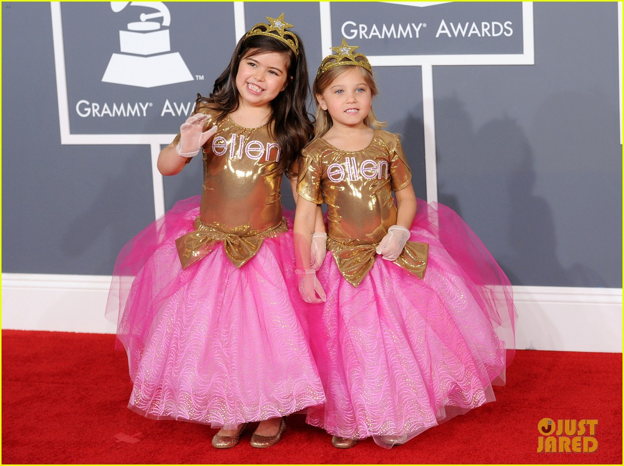 sophia grace rosie grammys 2012 red carpet 05