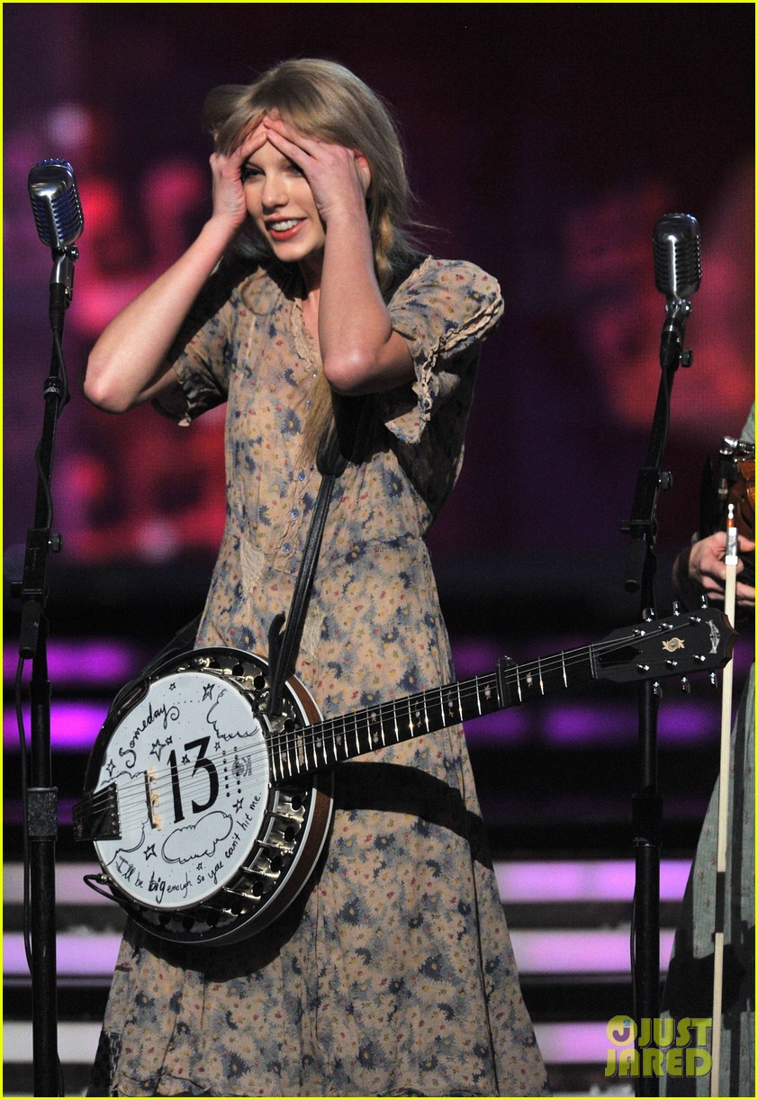 taylor swift grammys performance 2012 012628398