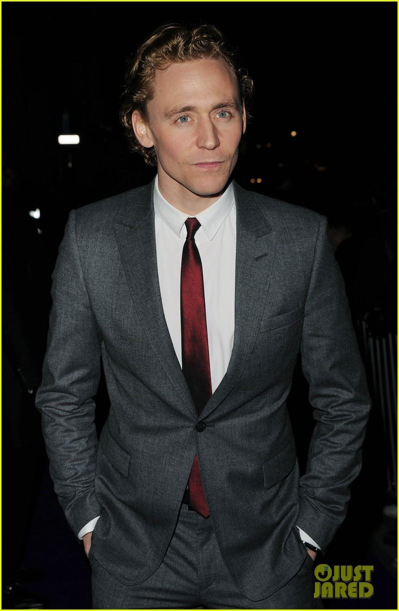 tom hiddleston tilda swinton 2012 baftas red carpet 072628010