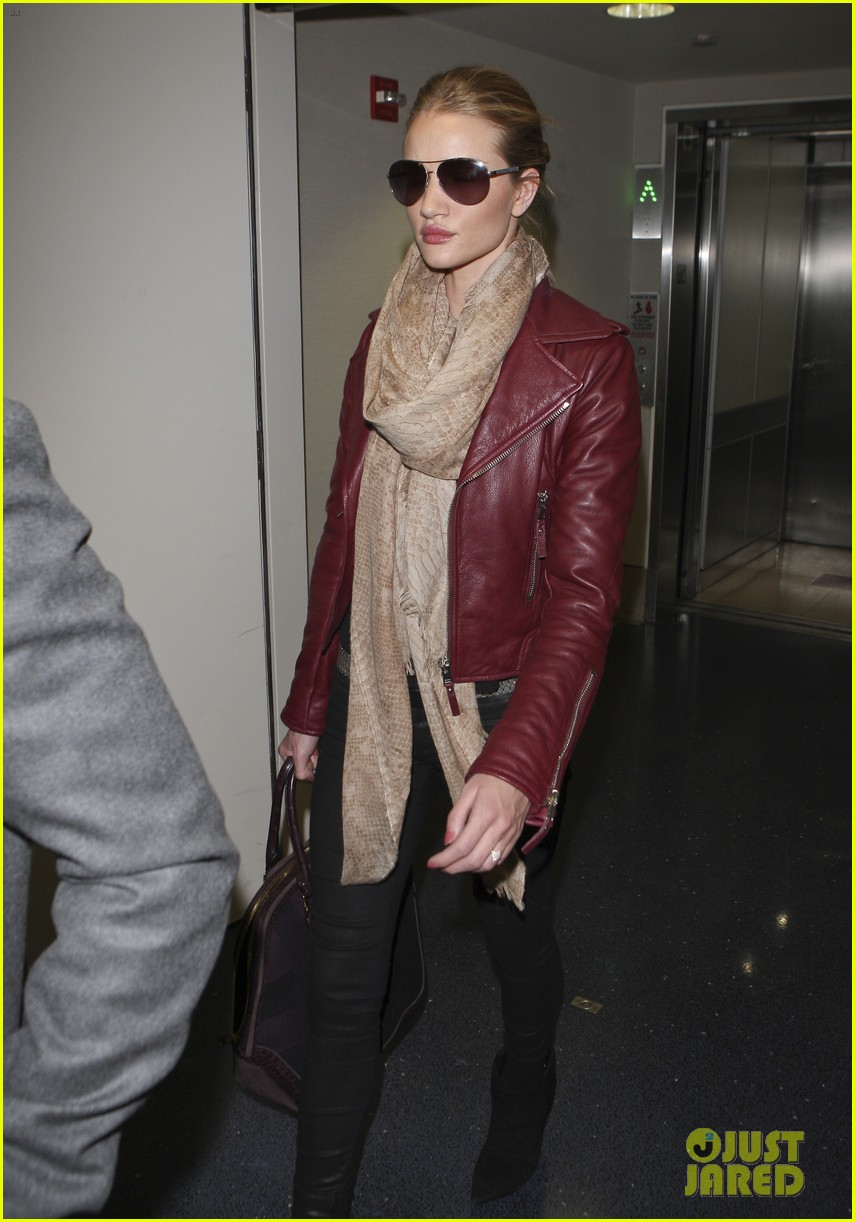 rosie huntington whiteley lax with jason statham 05