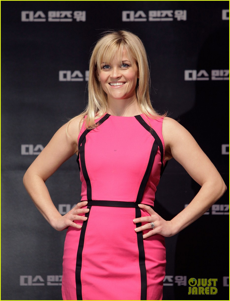 reese witherspoon war seoul press conference 032632034