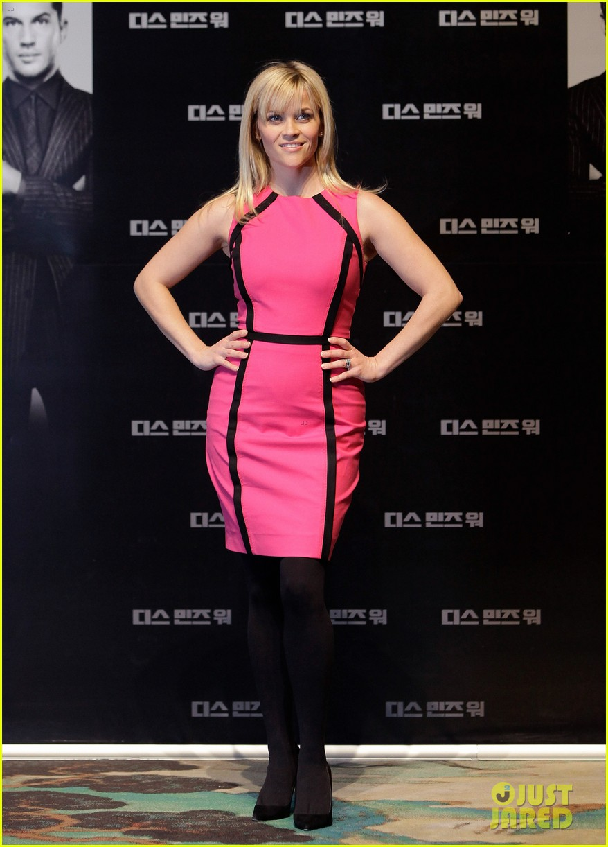 reese witherspoon war seoul press conference 042632035