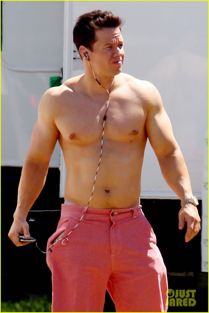 Mark Wahlberg: Shirtless For 'Pain & Gain'!: Photo 2643817 ... Mark Wahlberg Obituary