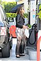 alessandra ambrosio gas station stop 10
