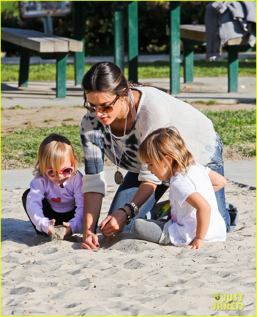 alessandra ambrosio anja park playtime 262635524