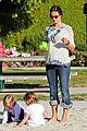 alessandra ambrosio anja park playtime 02