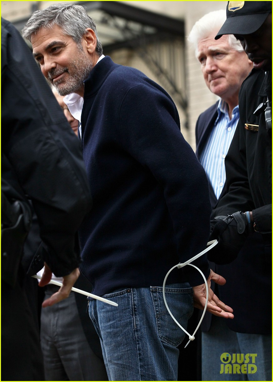 george clooney arrested 04