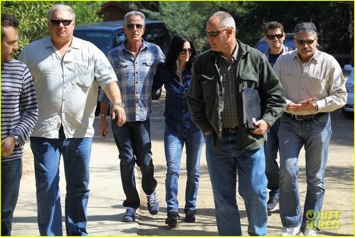 courteney cox cougar town location scouting 052635471