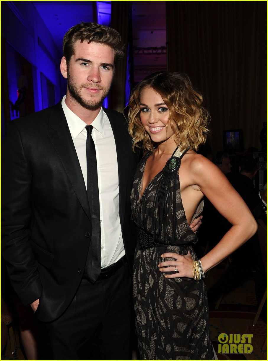 Miley Cyrus & Liam Hemsworth: Celebrity Fight Night ...