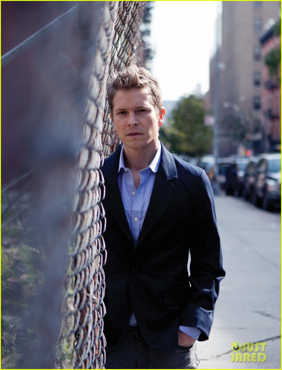 matt czuchry august man march 2012 01