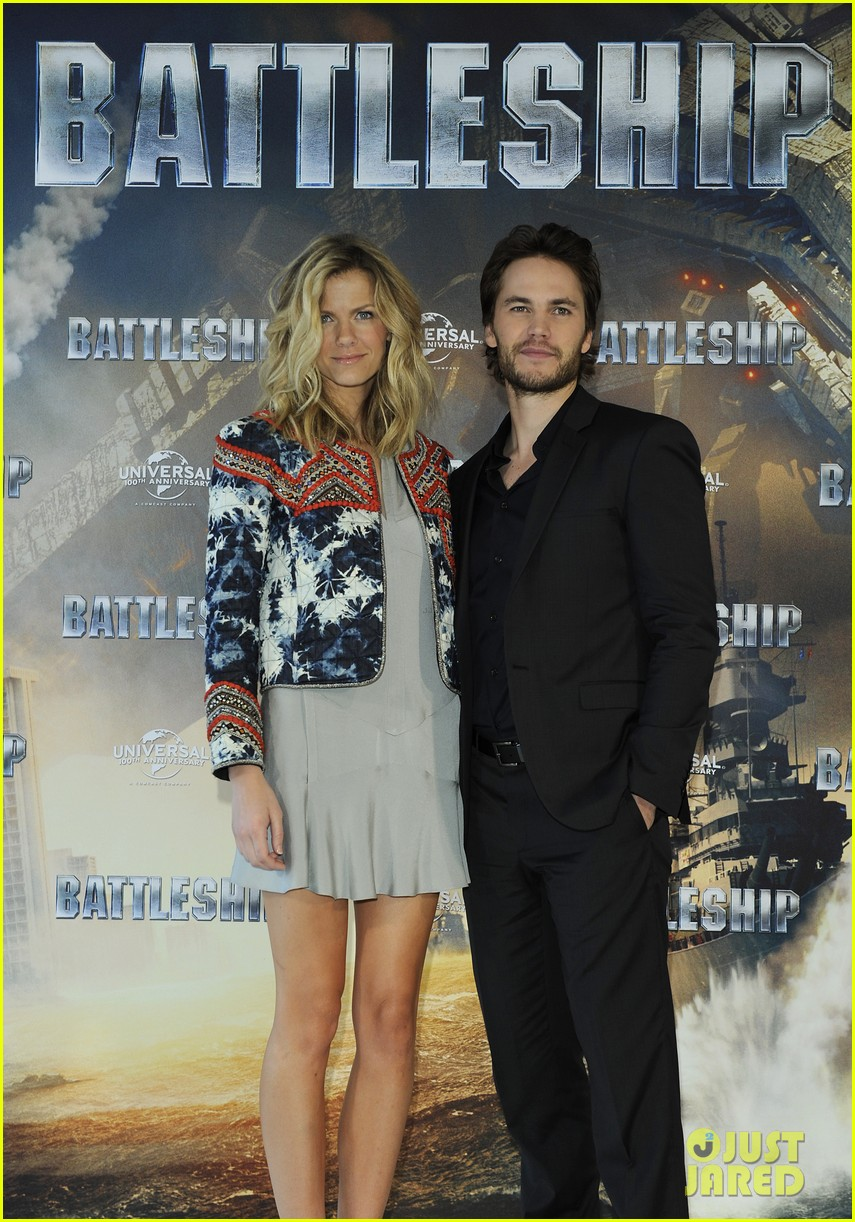 brooklyn decker battleship hamburg photo call 02