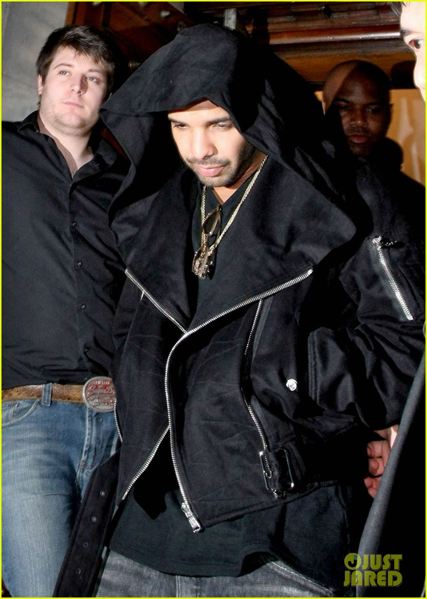 drake out and about 032643687