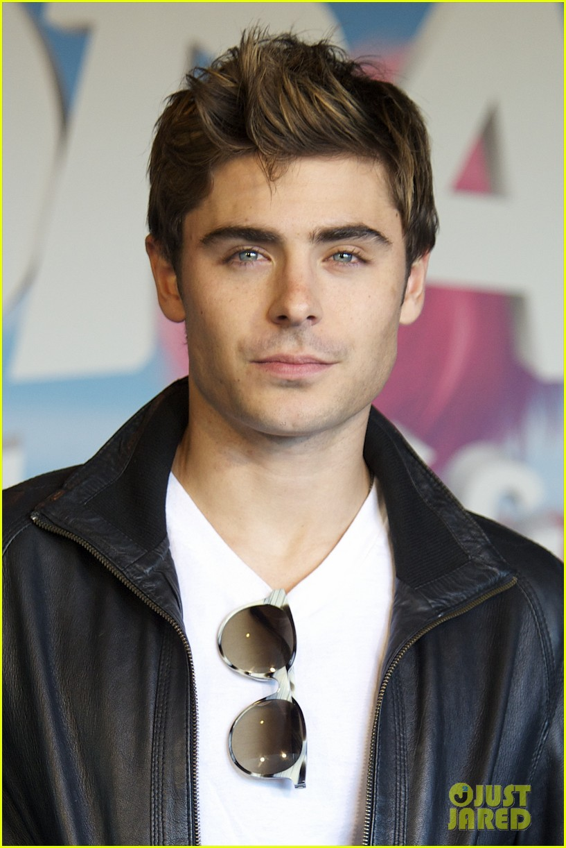Zac Efron: 'Lorax' Meeting With Fans! | Zac Efron Photos | Just Jared
