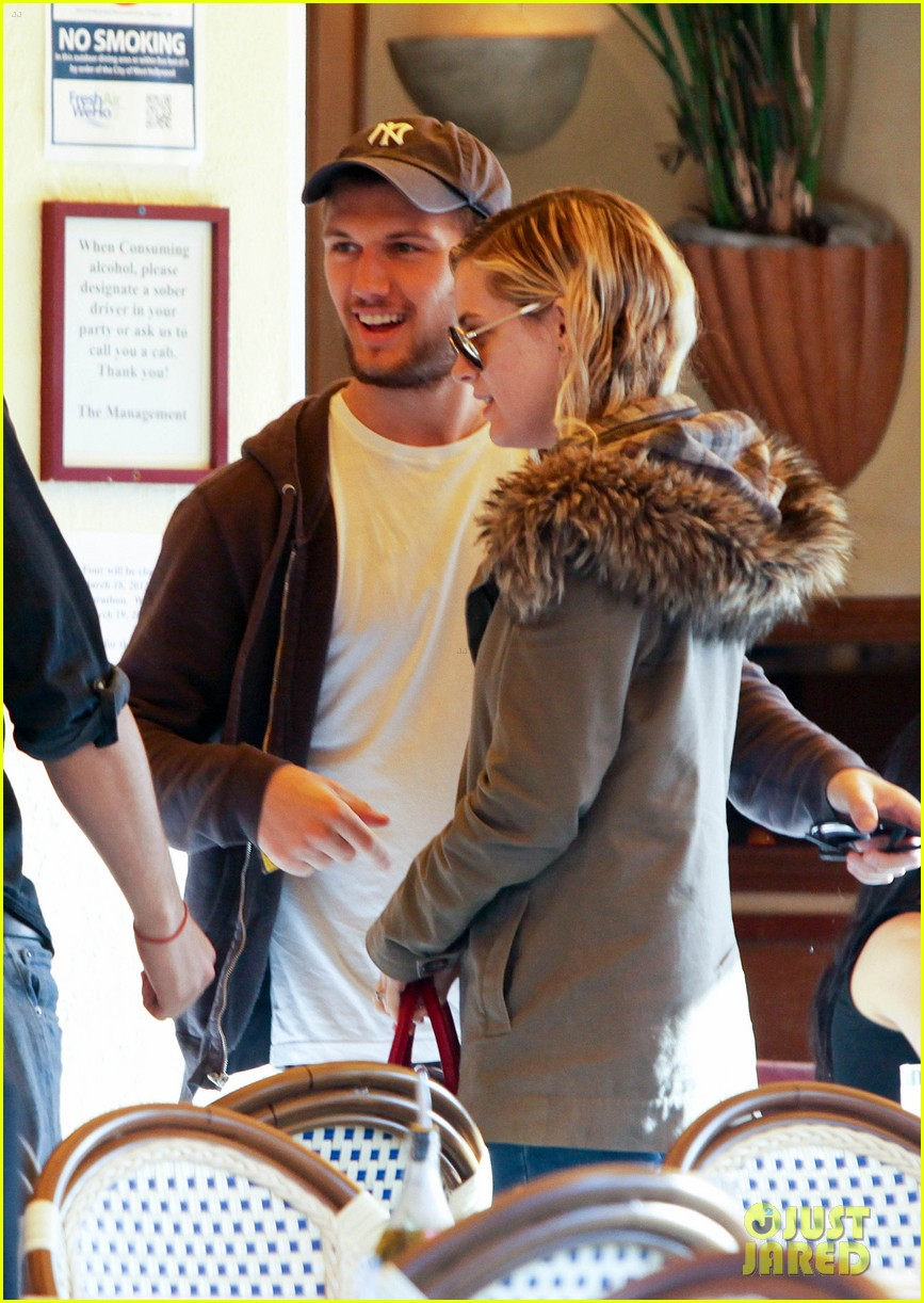 alex pettyfer engaged riley keough 052638640