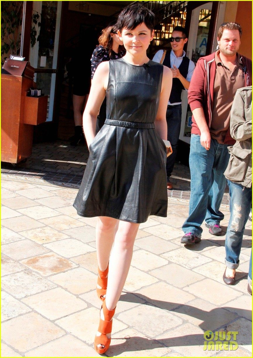 ginnifer goodwin extra appearance at the grove 072635612