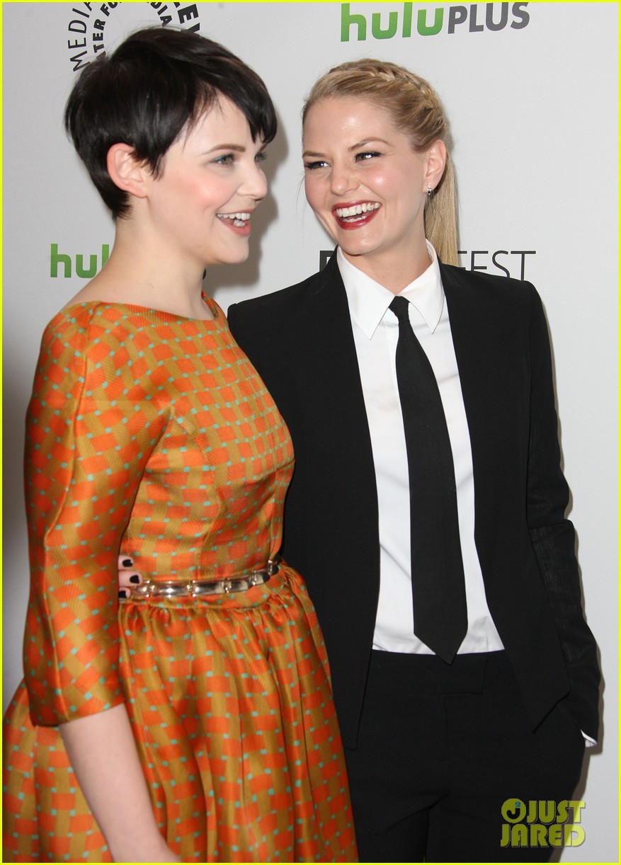 ginnifer goodwin and jennifer morrison wwwpixsharkcom