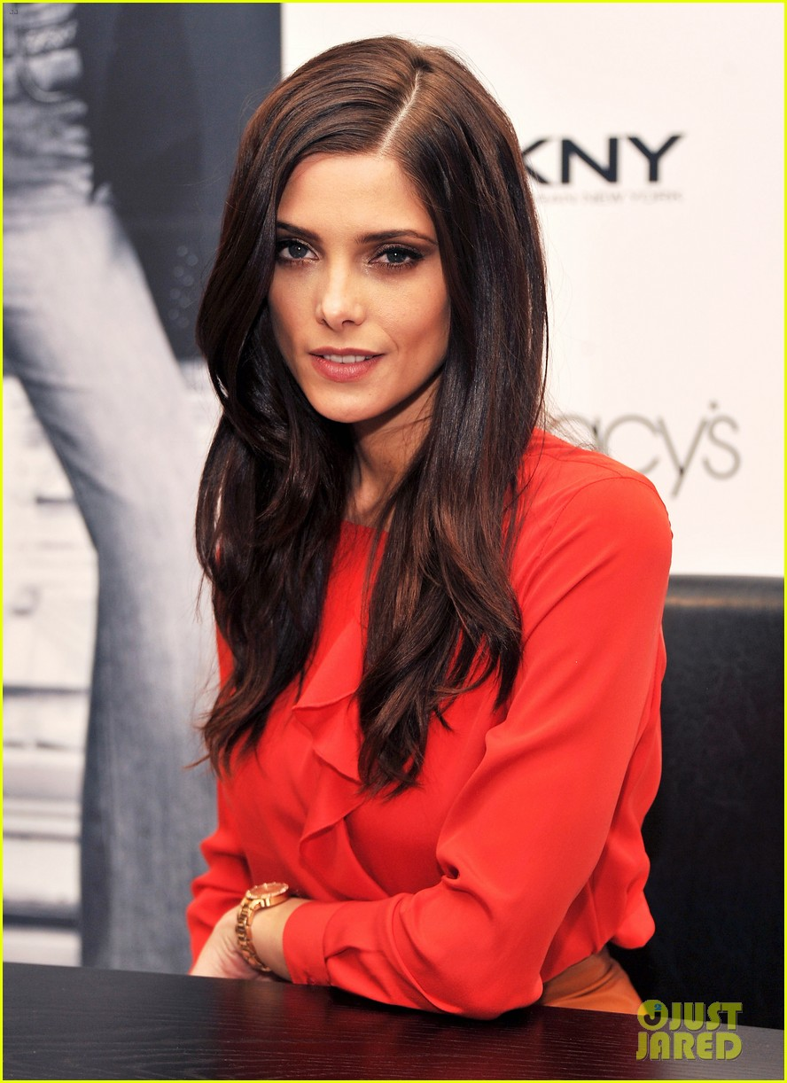 ashley greene dkny macys herald square visit 012643649