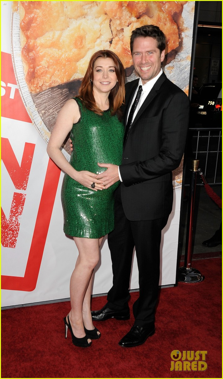 alyson hannigan american reunion cast at hollywood premiere 012640537