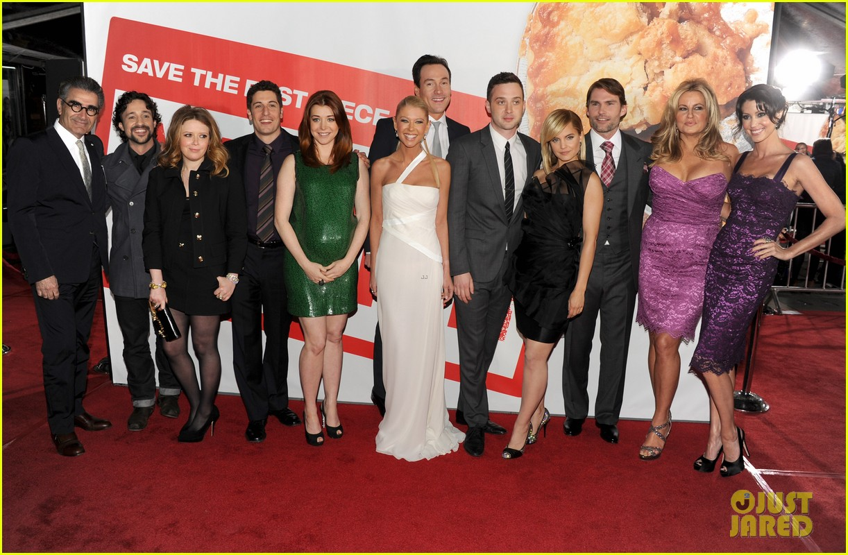 alyson hannigan american reunion cast at hollywood premiere 032640539