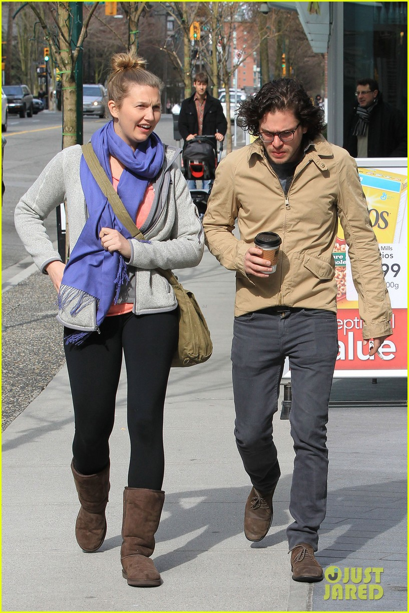 kit harington 7 eleven 022640426