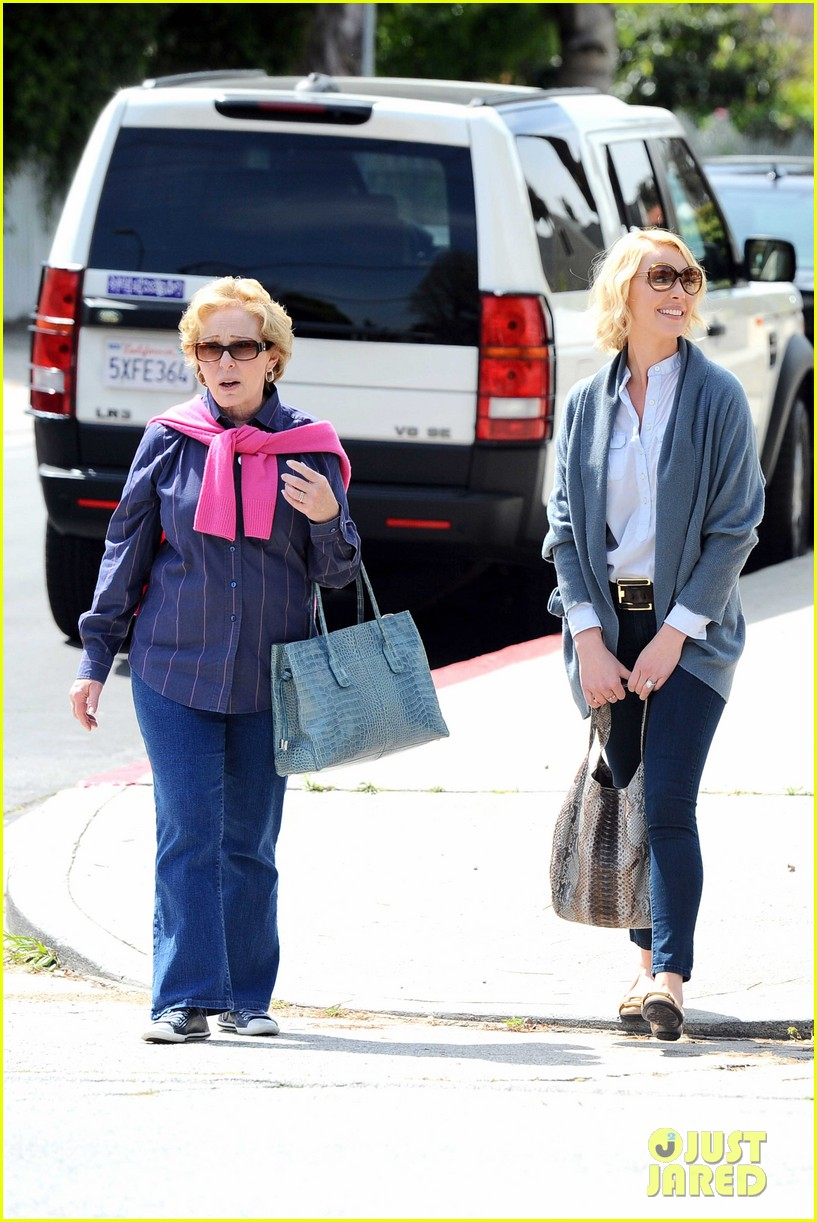 katherine heigl little doms lunch with josh 082643366