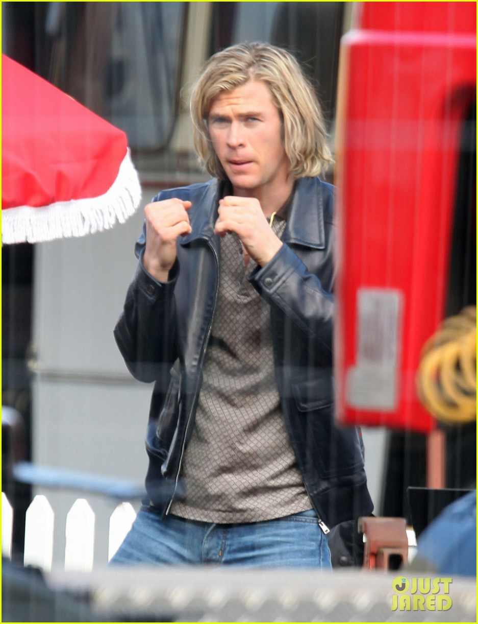 chris hemsworth rush set 012637570