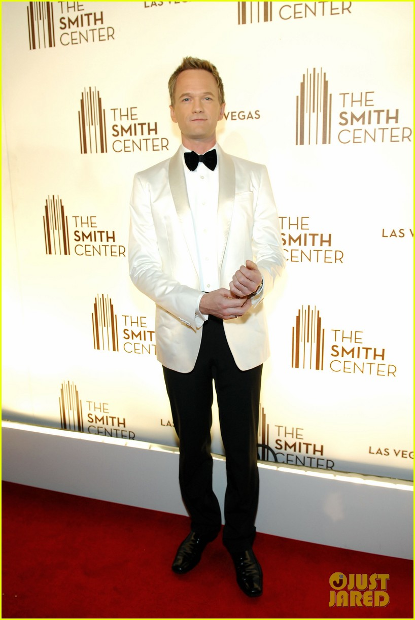 neil patrick harris jennifer hudson smith center 022638062
