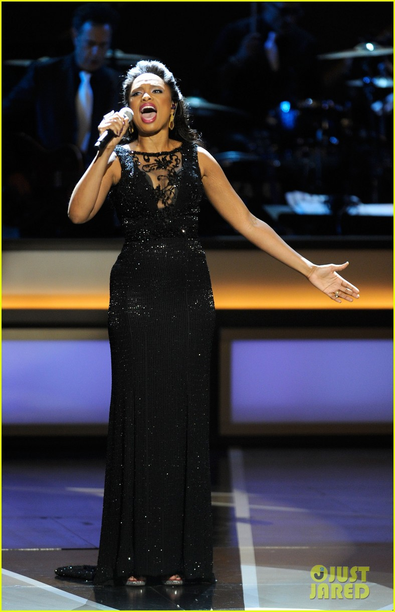 neil patrick harris jennifer hudson smith center 04