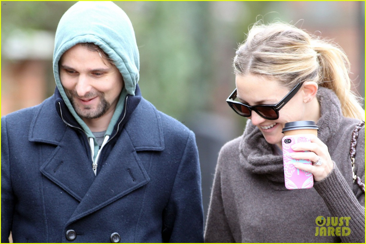 kate hudson matt bellamy primrose pair 072637616