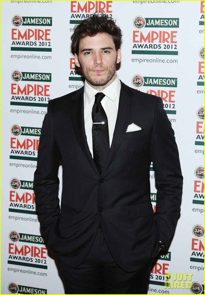 jeremy irvine tom hiddleston empire awards 032642385