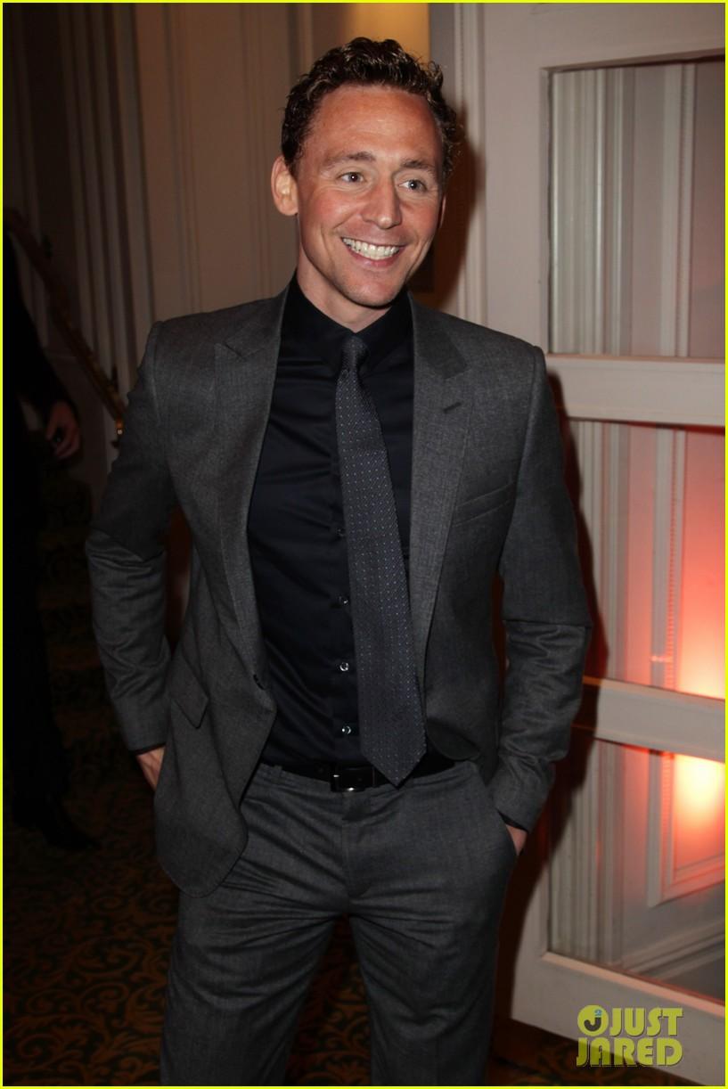 jeremy irvine tom hiddleston empire awards 072642389