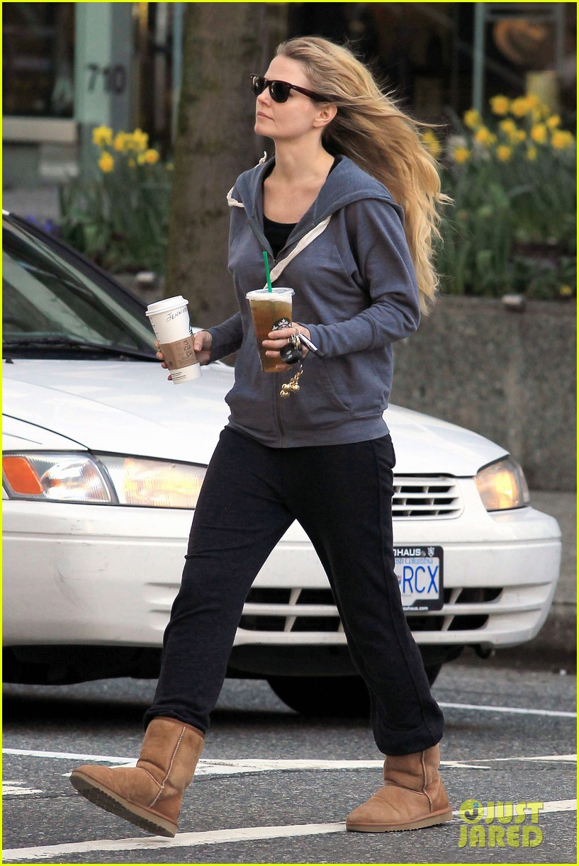 jennifer morrison coffee 052642551