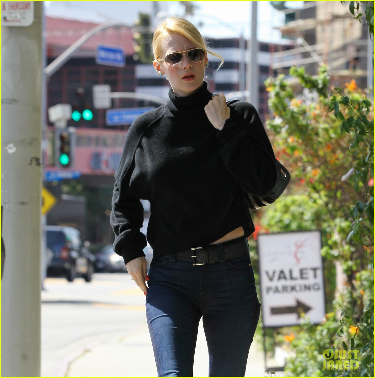 january jones lunch pal 102635056