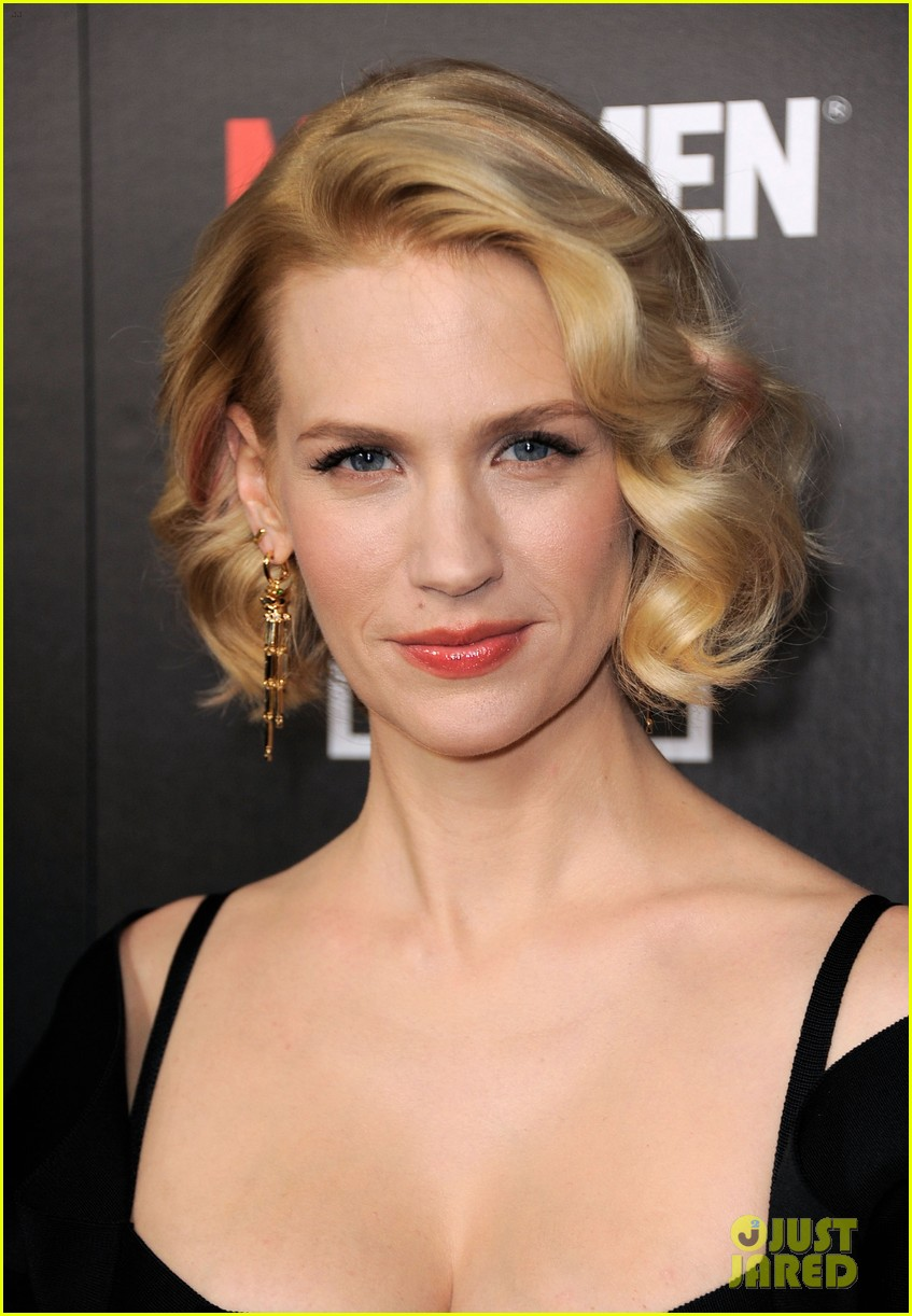 january jones jon hamm mad men premiere 042639061