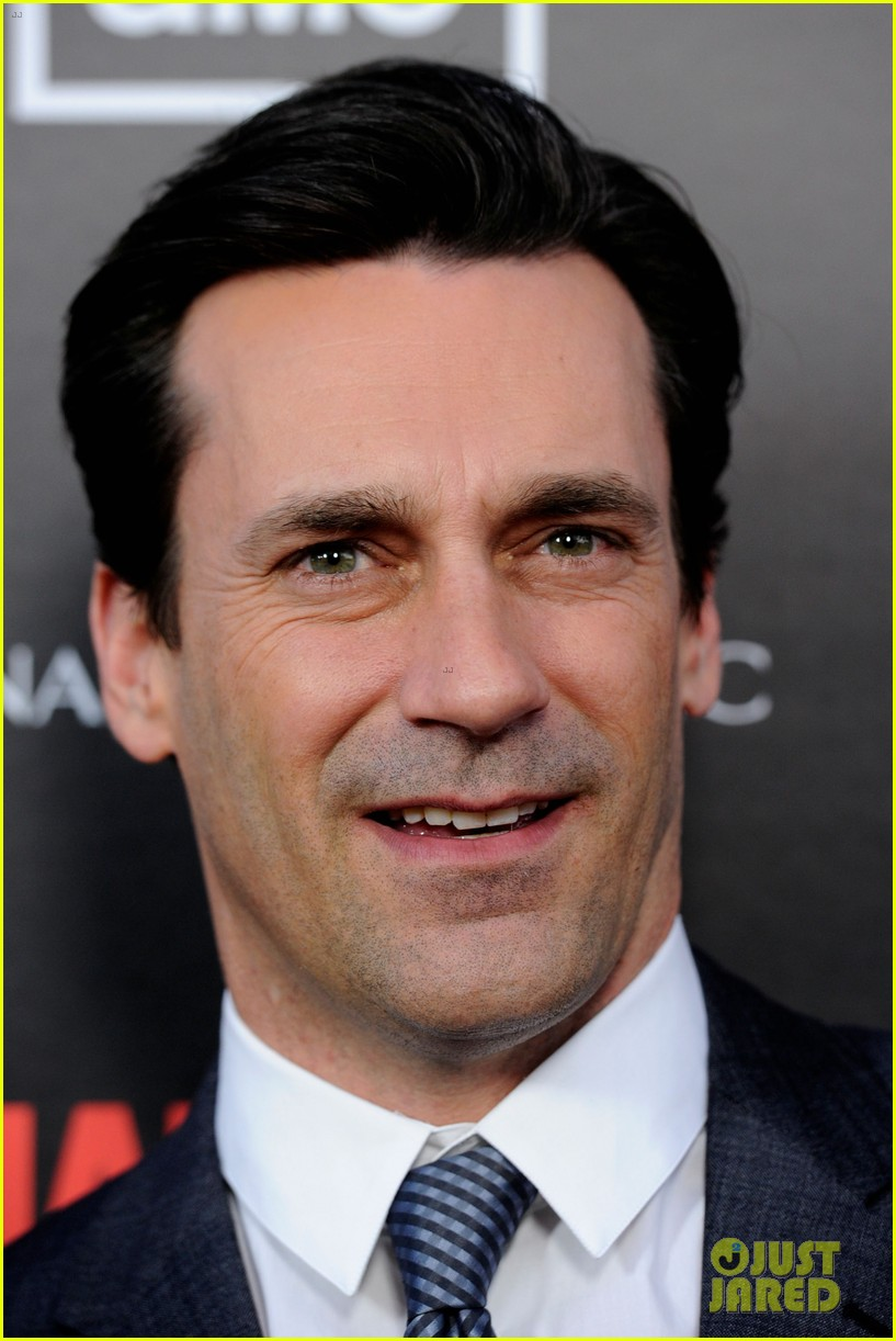 january jones jon hamm mad men premiere 122639069