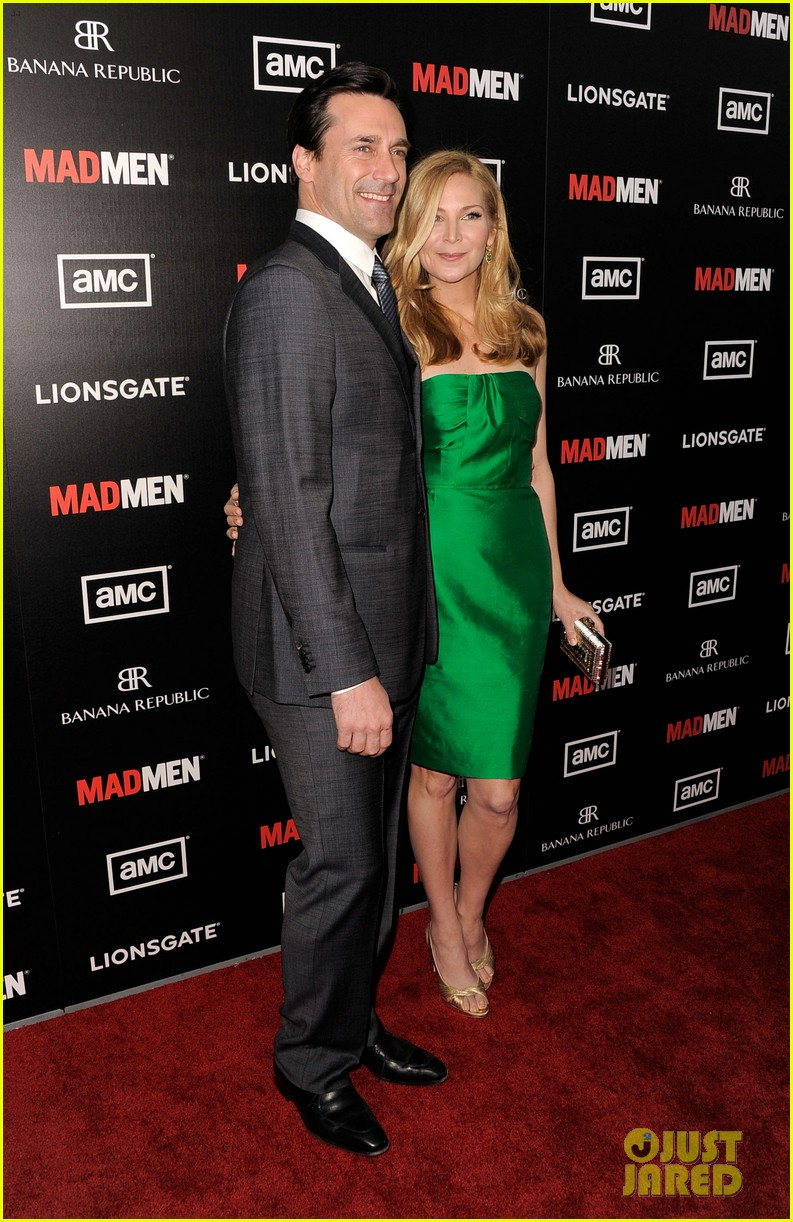 january jones jon hamm mad men premiere 202639077