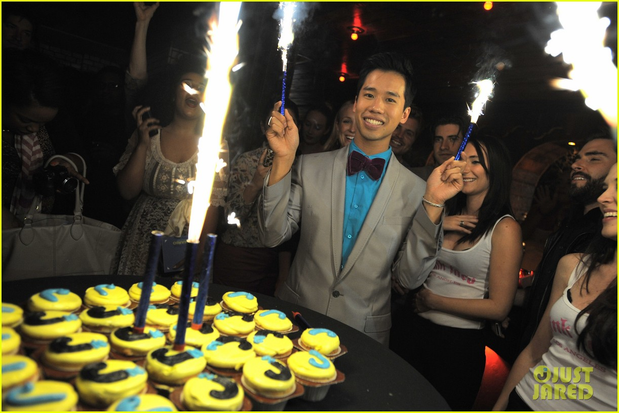 just jared 30 birthday bash 062642130