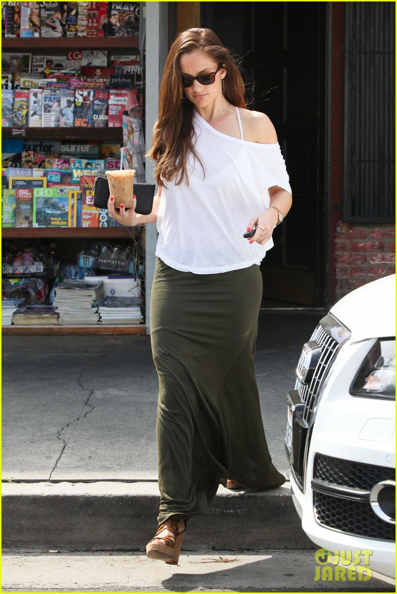 minka kelly grabs coffee 162641737