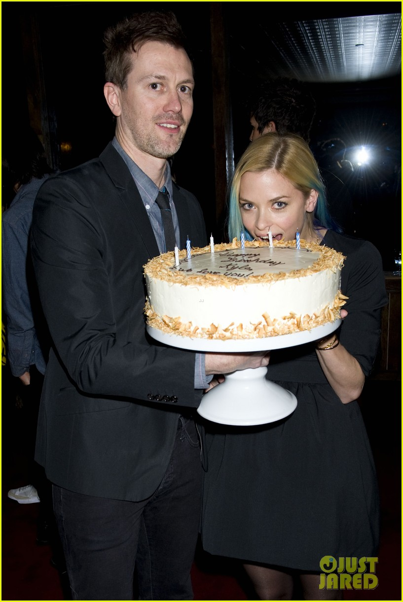 jaime king blue hair kyle newman birthday party 042640244