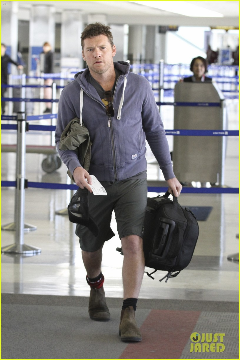 sam worthington lax flight 012640985