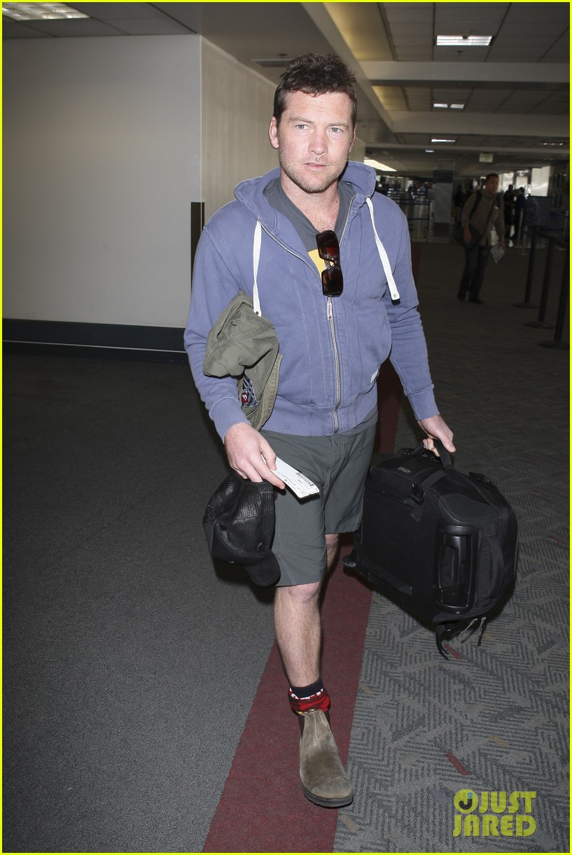 sam worthington lax flight 03