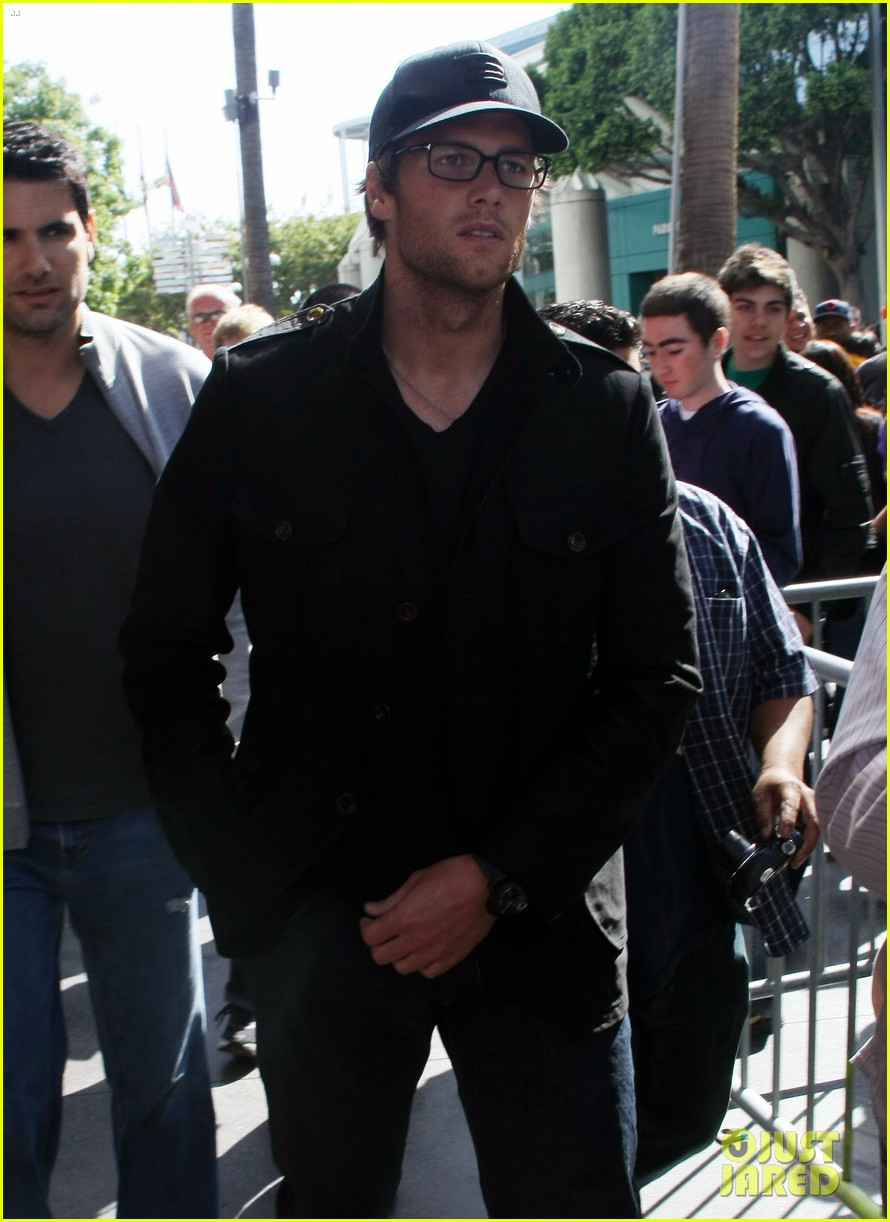 adam levine tom brady laker bros 032638561