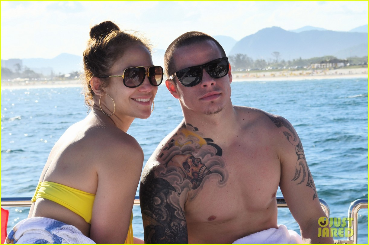 jennifer lopez casper smart yacht vacation 042636619