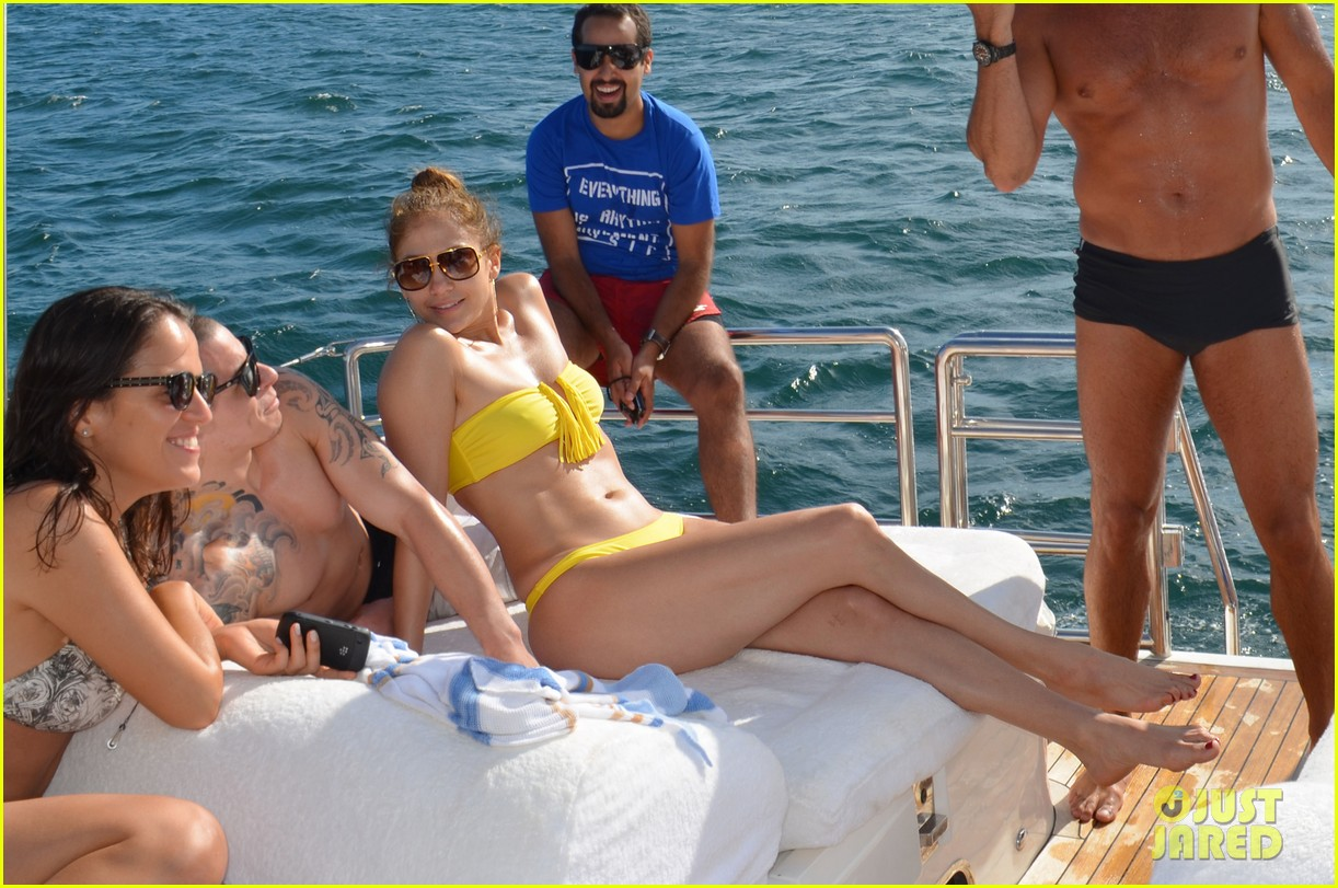 jennifer lopez casper smart yacht vacation 052636620