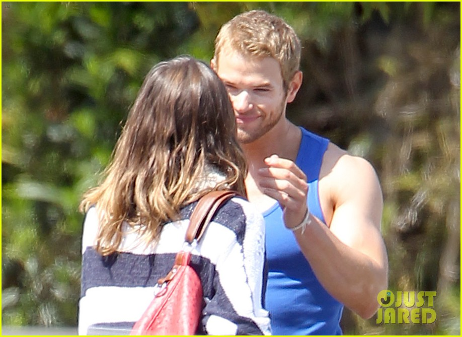 kellan lutz goodbye kiss with sharni vinson 042639201