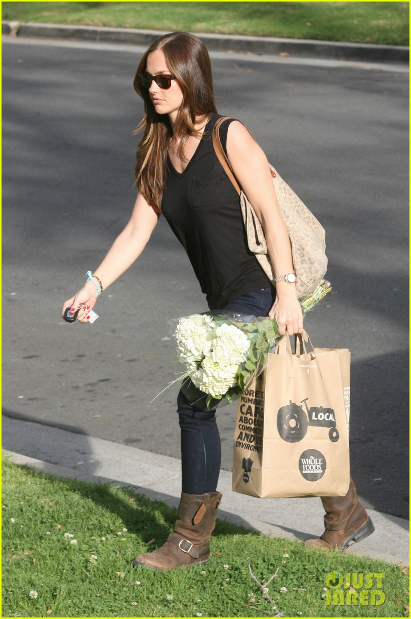 minka kelly whole foods 022636973
